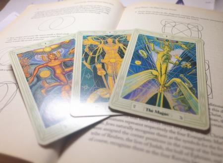 三張魔法師之謎